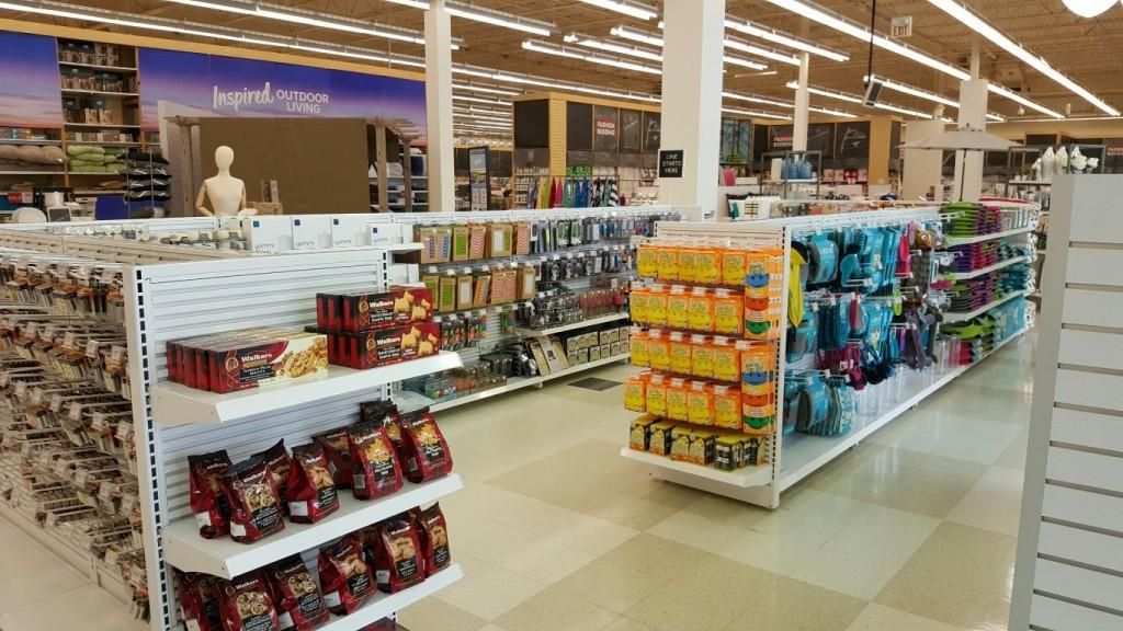 Discount & General Merchandise Displays - 08