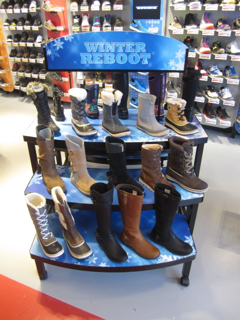 Footwear Displays - 05
