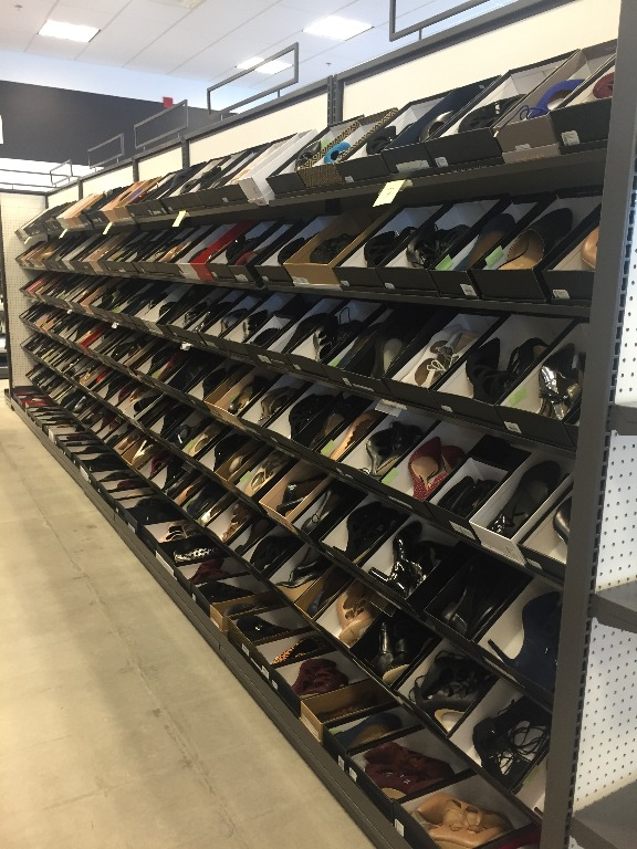 Footwear Displays - 08