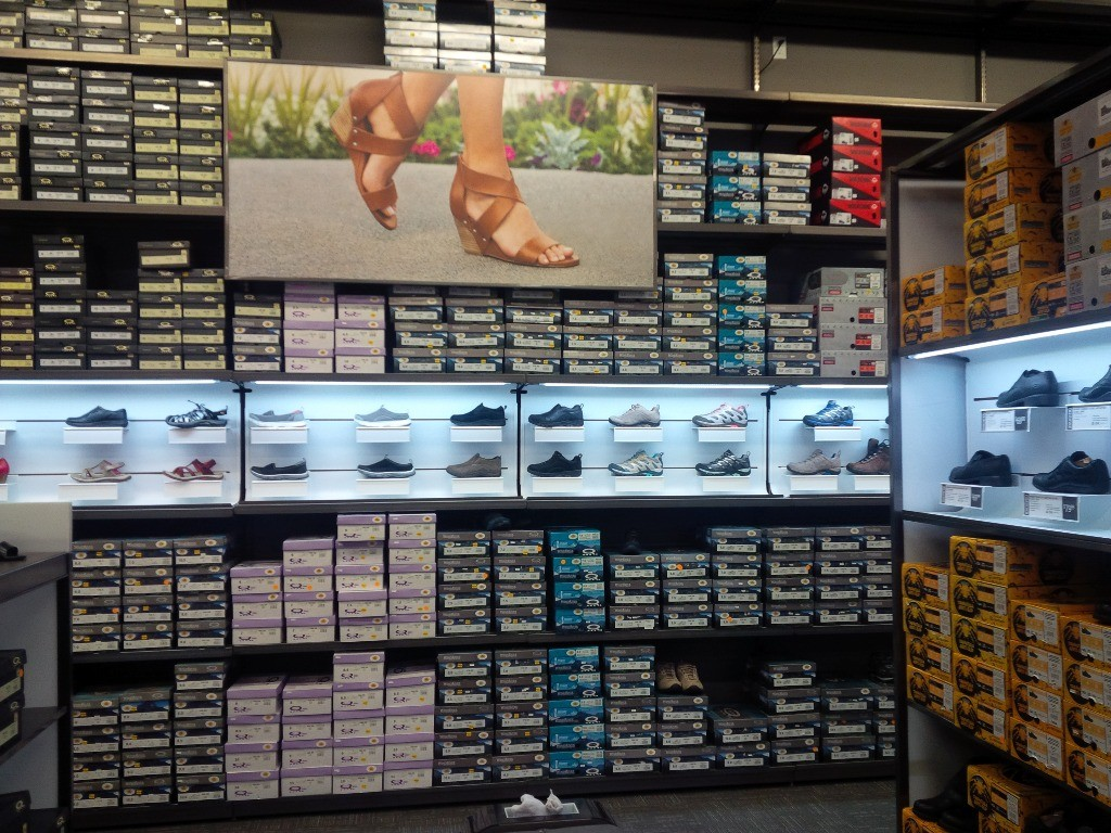 Footwear Displays - 10