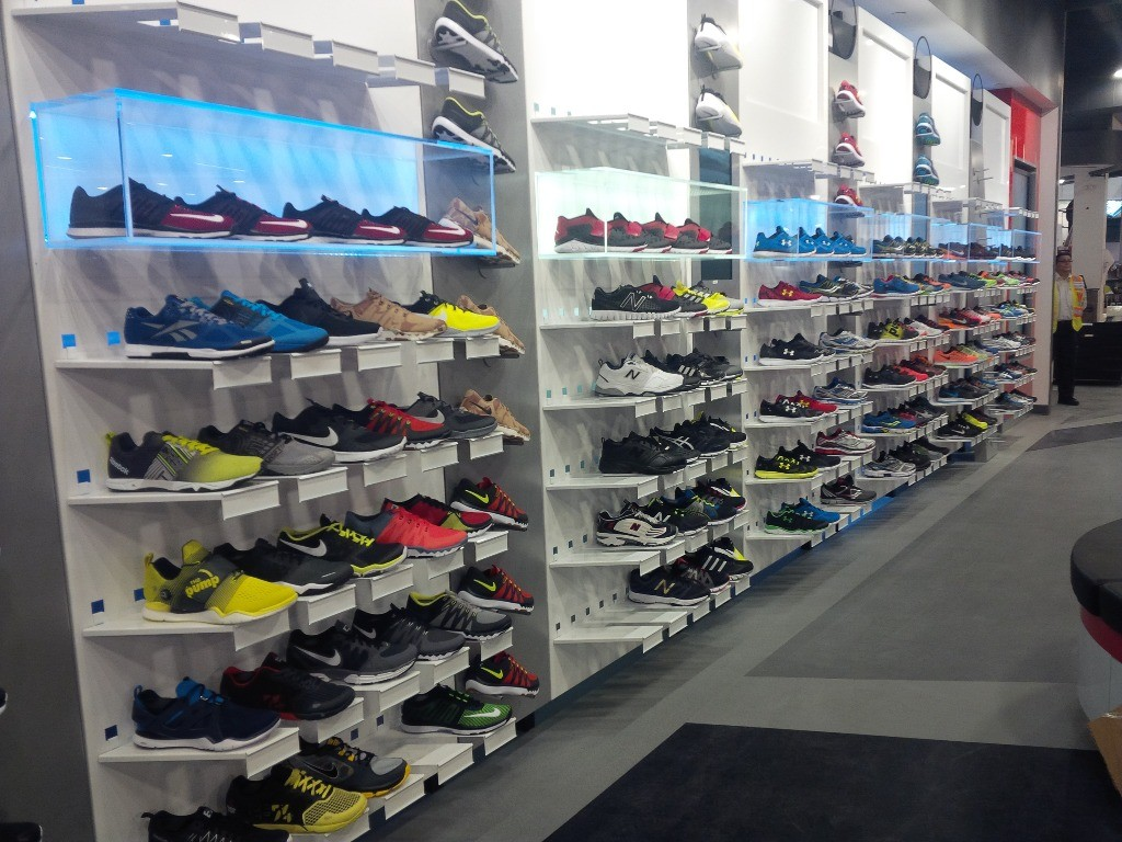 Footwear Displays - 13