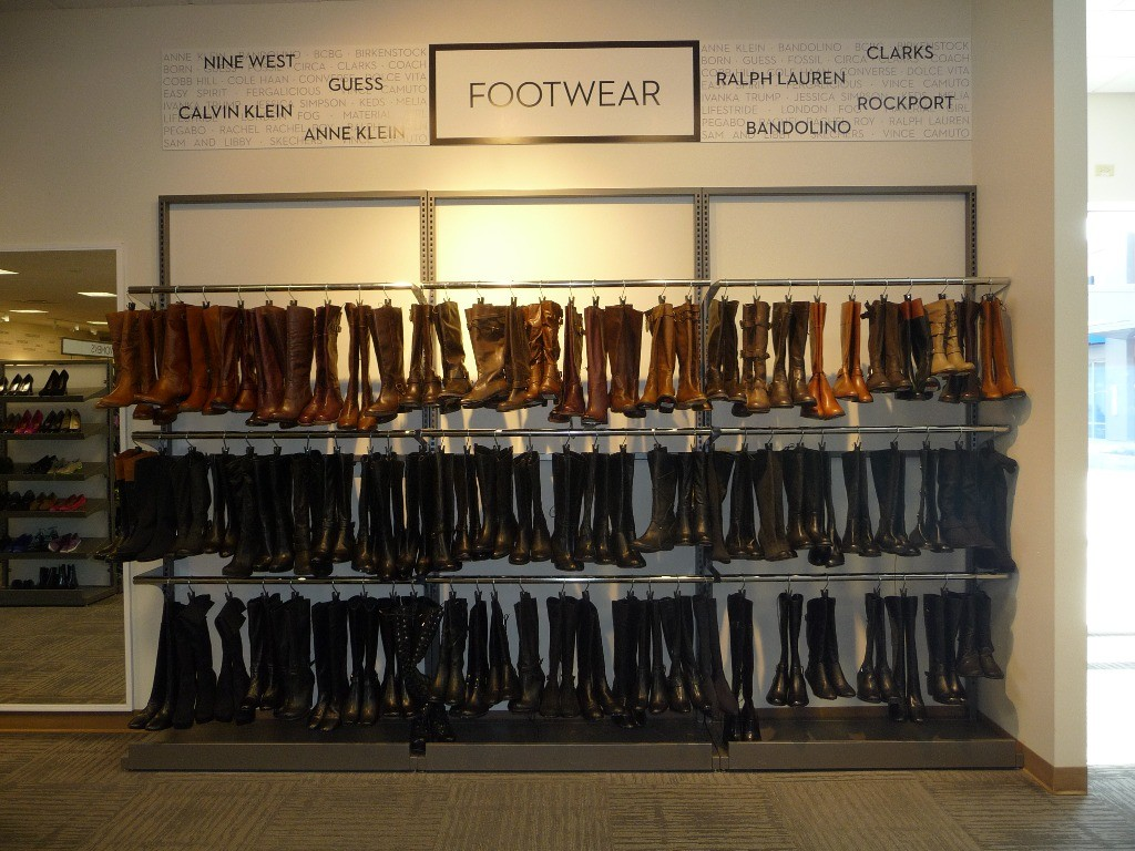Footwear Displays - 15