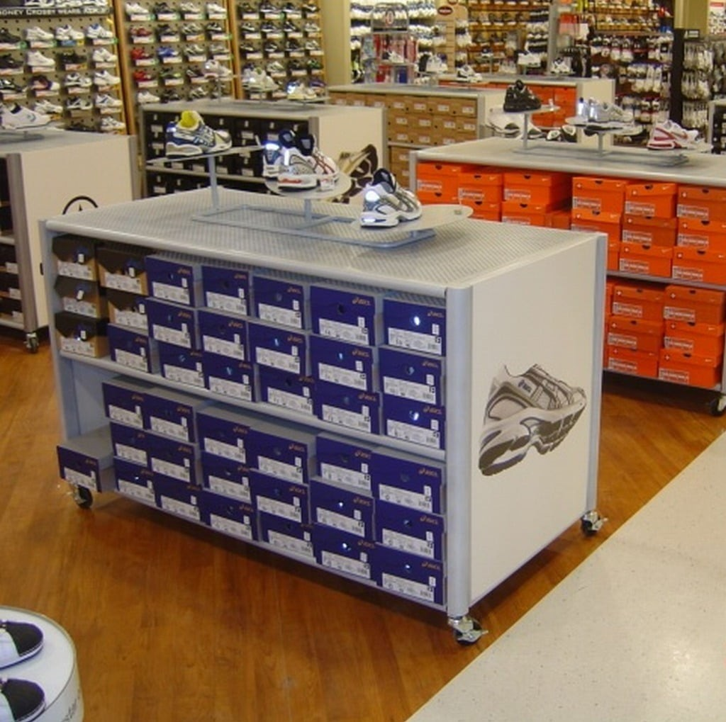 Footwear Displays - 20