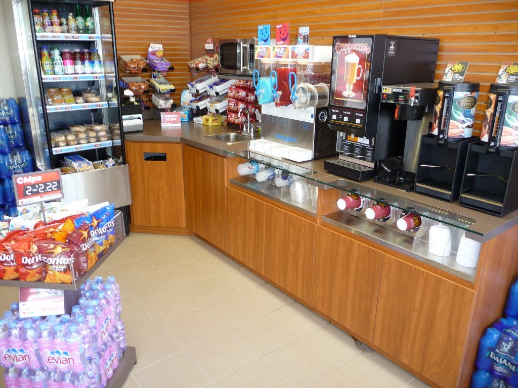 Grocery, Convenience & Tobacco Displays - 02