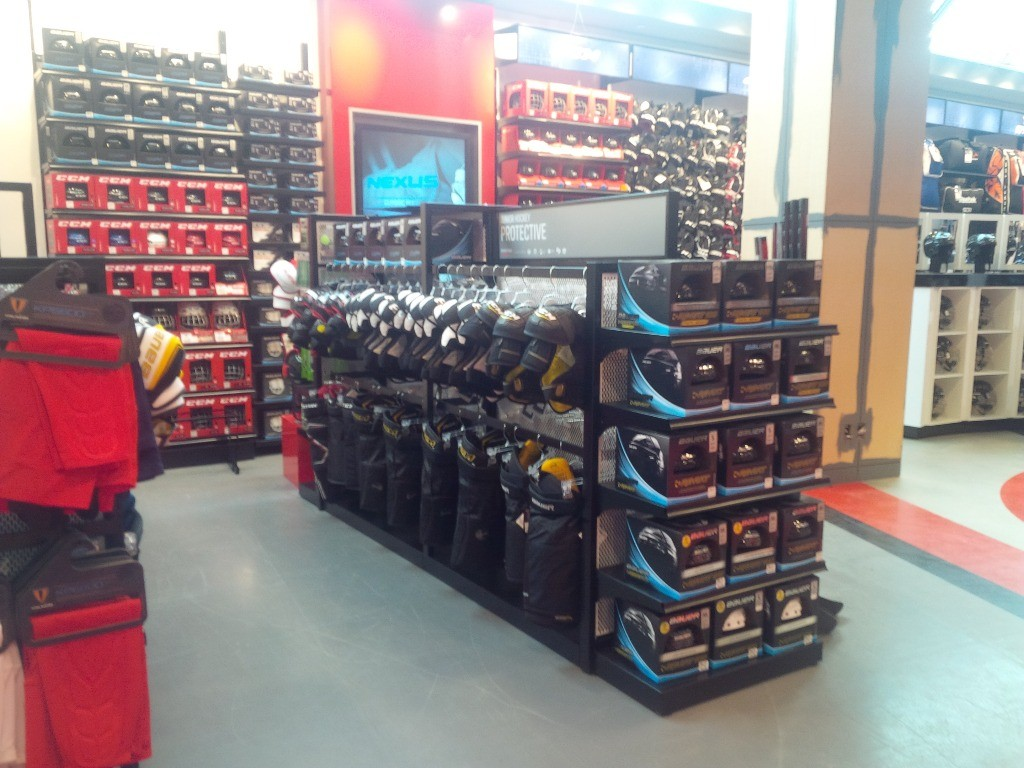 Sporting Goods Displays - 12