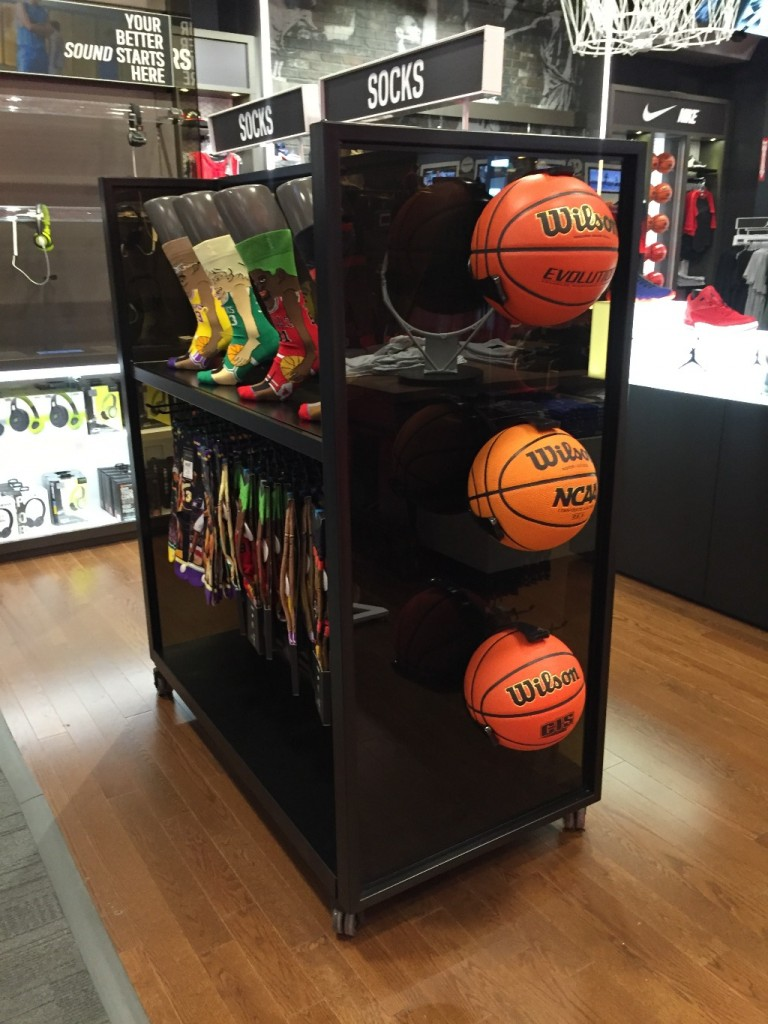 Sporting Goods Displays - 28